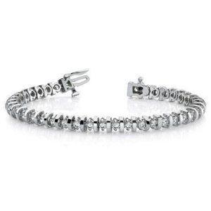 5.5 Carats round prong set Diamond tennis bracelet